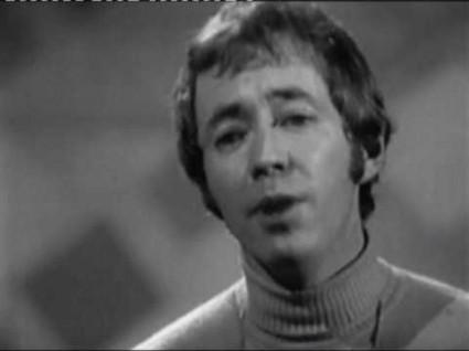 Noel harrison the windmills of your mind lyrics