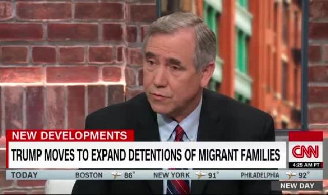 BREAKING: White House Plans To Abolish Limitations On Holding Migrant Families