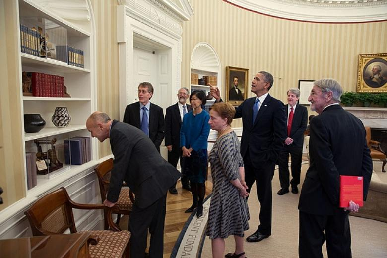 White House Press Corps Pushes For More Obama Photo Opportunities