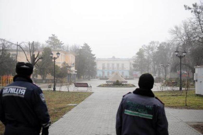 Pro-Russia Armed Men Seize Crimea Parliament, Govt HQ