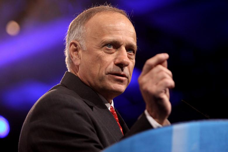 Rep. Steve King Warns Patriotic DREAMers: 'We Have A Bus For You To Tijuana'