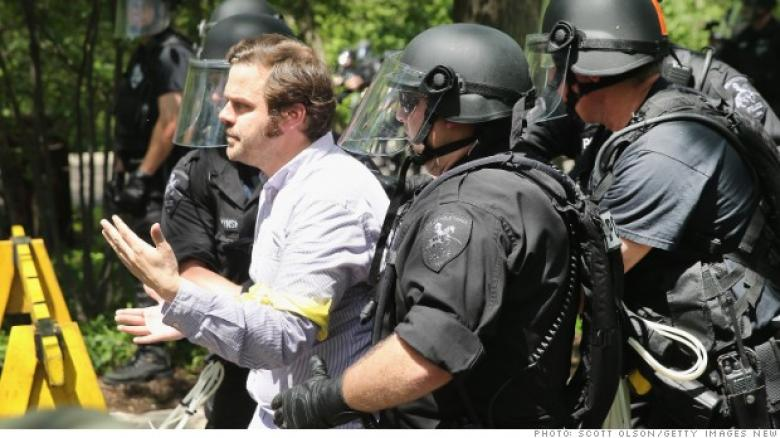Watch: 138 Arrested Fighting Against Poverty Wages At McDonalds Corporate HQ (Video)