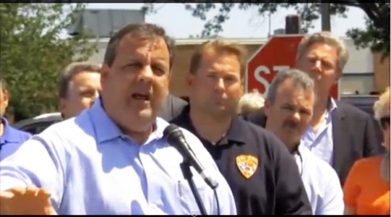 Embattled Gov. Chris Christie Defends Embattled Gov. Scott Walker
