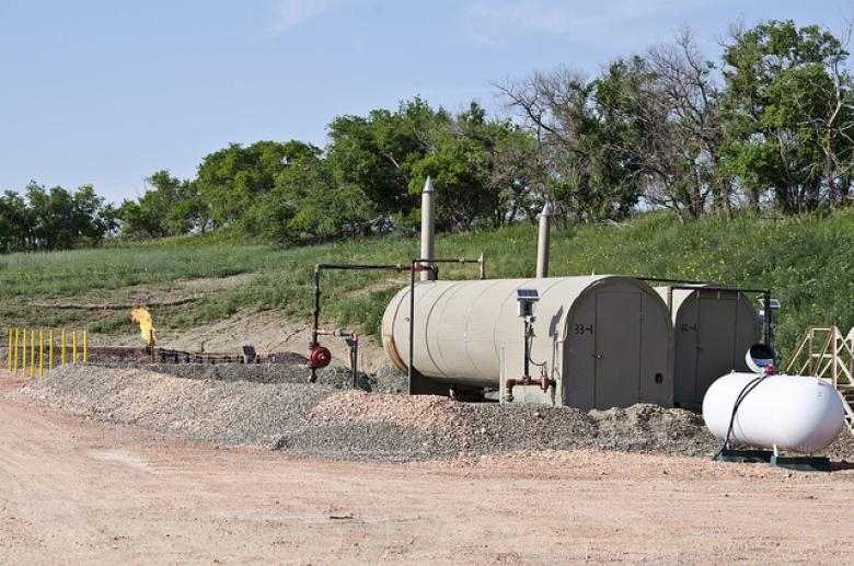 CA Halts Injection Of Fracking Waste, Warning It May Be Contaminating Aquifers