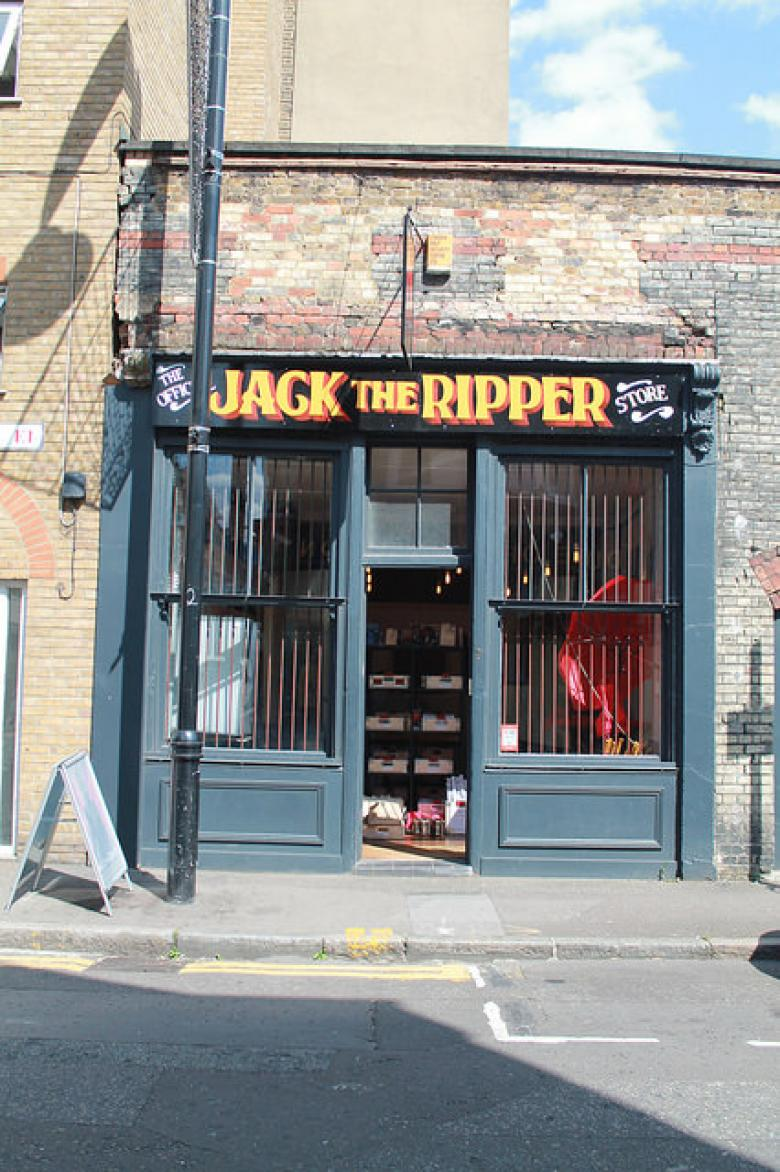 DNA Analysis Of Victim's Shawl Reveals Jack The Ripper Was A Polish Hairdresser