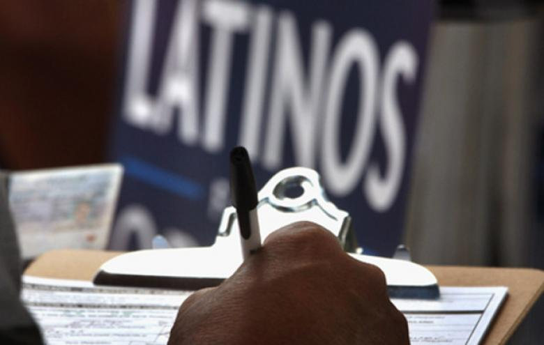 Latinos May Sit Out Mid-Term Over Anger At Obama Immigration Reform Stalling