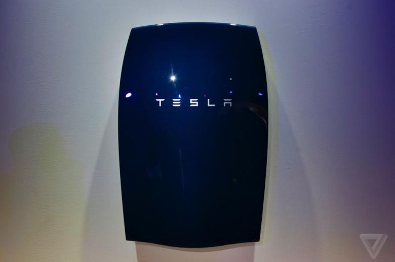 Tesla Introduces Solar-Powered Batteries To Power Homes, Businesses