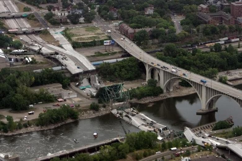 One-Third Of US Mayors Fear Similar Flint Infrastructure Crisis