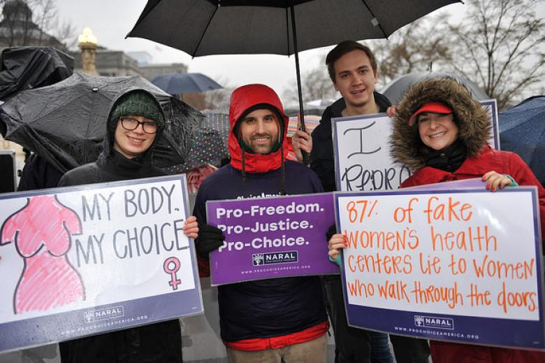 Poll: Most Americans, Including Majority Of Republicans, Want Roe v Wade Upheld