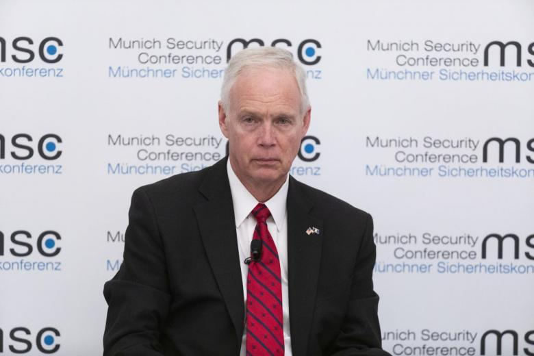 Ethics Experts: Ron Johnson Erred On Trump's Ukraine Scandal