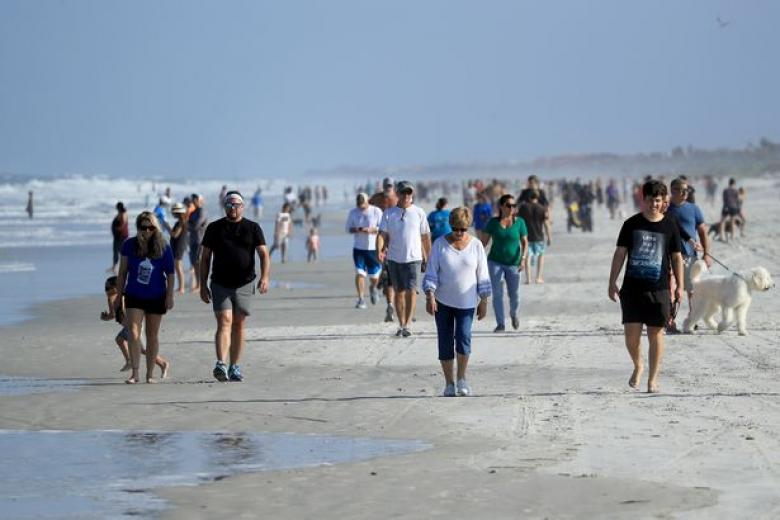 Jacksonville Beach Packed 30 Minutes After Opening