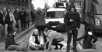 Italian MPs Back 2014 Budget To Tackle Social Crisis