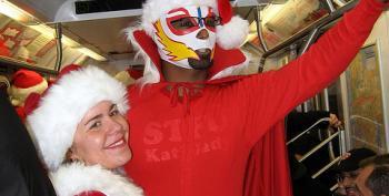 Watch: NYC Santa-suited Brawl Following SantaCon 2013