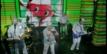 C&L's Late Nite Music Club With DEVO On Regis And Kelly