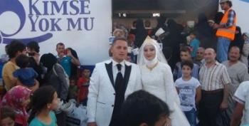 Bride And Groom Feed Syrian Refugees On Their Wedding Day