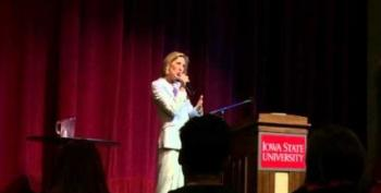 Carly Fiorina Flouts Campaign Finance Law Better Than Anybody