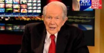 Pat Robertson Claims Michelle Fields 'Could've Had A Bomb'