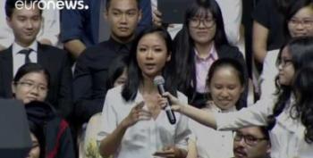 Coolest POTUS Ever: Obama Bonds W Female Vietnamese Rapper