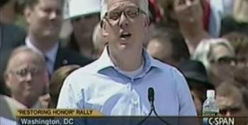 Grifter Glenn Beck Thanks God For $600,000 Donation At 'Restoring Our Honor' Rally