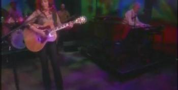 Bonnie Raitt On The View: 'Take My Love With You'