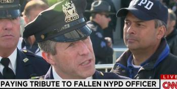 CNN Reporter Confronts NYPD Union Head Over Cops Turning Their Backs On De Blasio