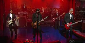 Foo Fighters Give Farewell Performance Of 'Everlong' For David Letterman
