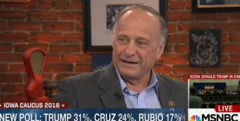 Steve King Accuses Trump Of Paying For Palin's Endorsement