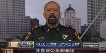 Fox's Wingnut Sheriff Clarke Praises 'Cop-Hating' Beyoncé Boycott By Pittsburgh Police Department