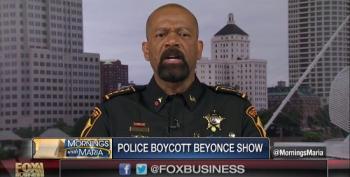 Fox's Wingnut Sheriff Clarke Praises 'Cop-Hating' Beyoncé Boycott By Pittsburgh Police Department