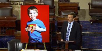 Chris Murphy Ends Filibuster With Emotional Reminder Of Sandy Hook Teacher's Bravery