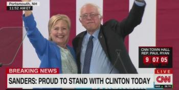 Bernie Sanders Endorses Hillary Clinton In New Hampshire!
