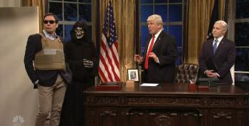 SNL Cold Open Has Trump Siding With Kushner Over Bannon In Apprentice-Style Showdown