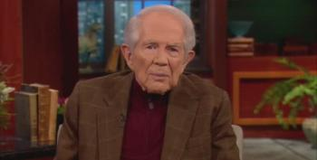 Pat Robertson Reaffirms His Desire To Assassinate Hugo Chavez