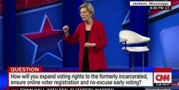Elizabeth Warren Calls For Ending Electoral College