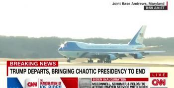 Air Force One Carries Trump And Family Awaaaay
