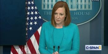 Maskhole Reporter Can't Win When Facing Psaki