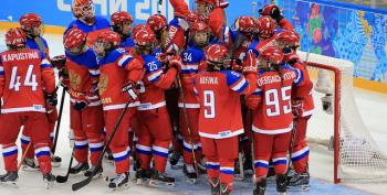 Winter Olympics Hockey 2014: Canadian Women Break Through AgainstFinland