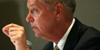 Lindsey Graham Joins Fellow GOP War Hawks: Wants Full-Blown War With Russia