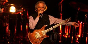 Jazz Guitar Legend John McLaughlin Plays For Palestine