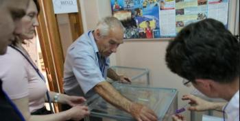 Tense Ukraine Picks President Amid Bloodshed