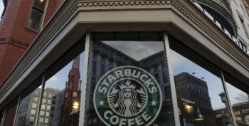 Starbucks Offers Employees University Aid