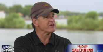 Constitutional Scholar Hannity Rules In Favor Of Sarah Palin