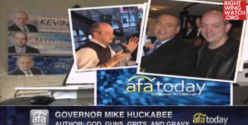Huckabee: Obama Giving Muslims 'Special Rights' While 'Stomping All Over Christians'
