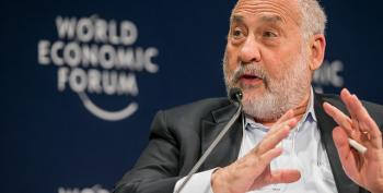 Joe Stiglitz Gives Thumbs Up To Clinton's Economic Plan