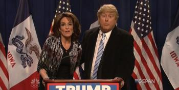 Tina Fey Returns To SNL To Pan Palin's Trump Endorsement