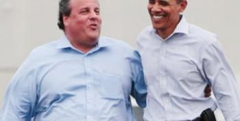 That Time Chris Christie Hugged A Democrat - Not Again!