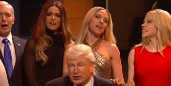 SNL: Trump White House Belts Out Leonard Cohen's 'Hallelujah' In Season Finale