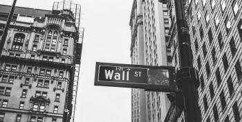 Going After Wall Street Is Good Politics