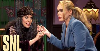SNL Psychic Madame Vivelda Skit Hilariously Predicts COVID And That Zoom Issue