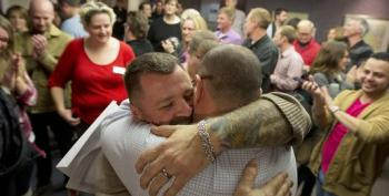 Utah Gay Marriage: Court Allows Same-Sex Marriages To Continue, Denying State's Request To Halt Weddings